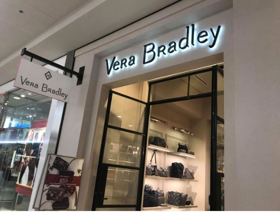 ca22b0720ff0 Outlet Sale – ADDITIONAL 30% off Clearance   FREE Shipping. Discounts of  75%!. Shop Vera Bradley Online HERE
